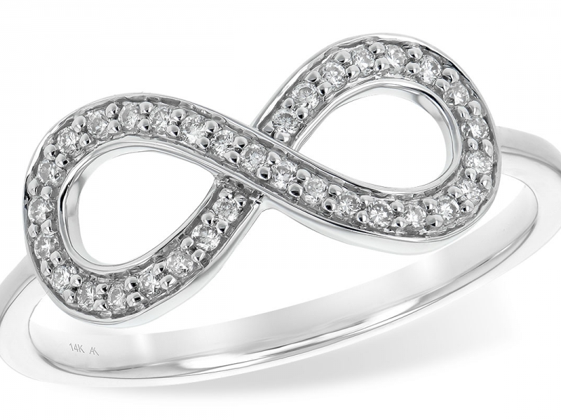 Infinity symbol diamond ring in 14K with .15tdw